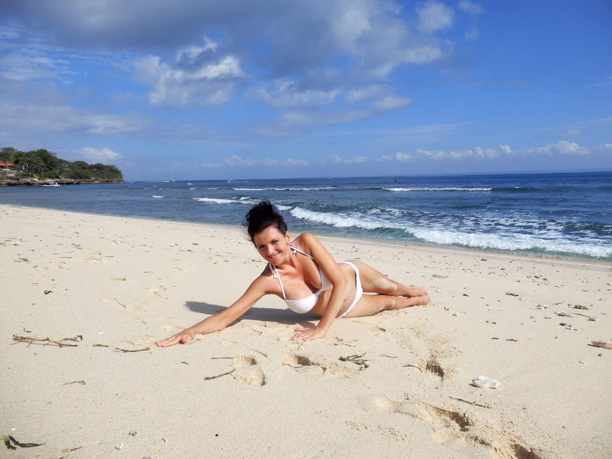 on pees beach boy idnes rajce