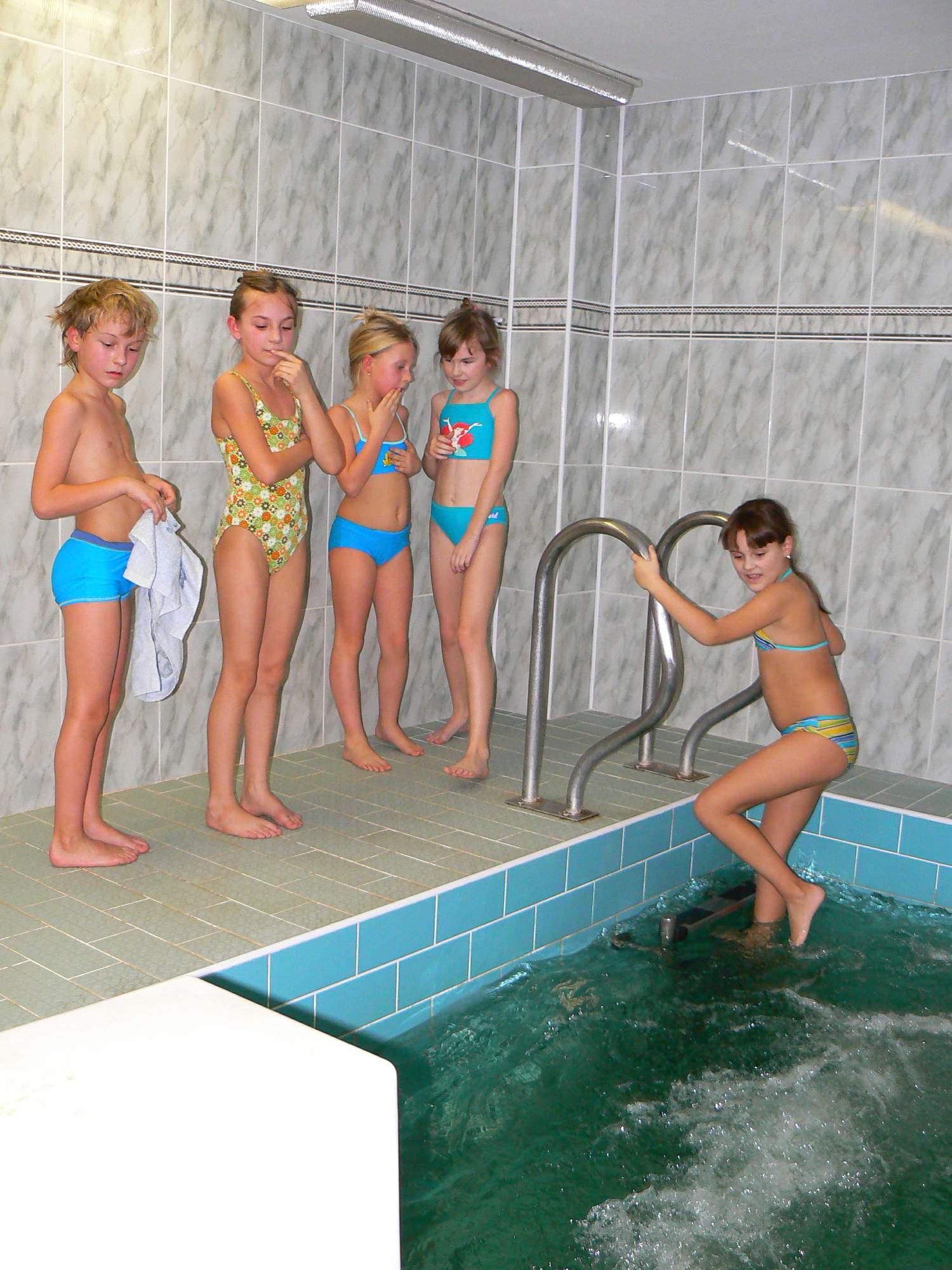 Bazén, sauna - zslado - album na Rajčeti