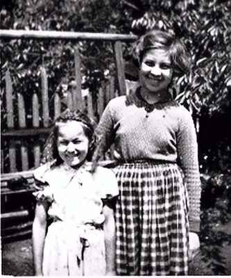 Vla se Zdenkou Tluszczykovou na zahradě