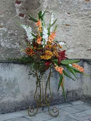 Máme zrovna kliku,tento týden je prohlídka hradu obohacena o každoroční výstavu květin a plodů podzimu...
