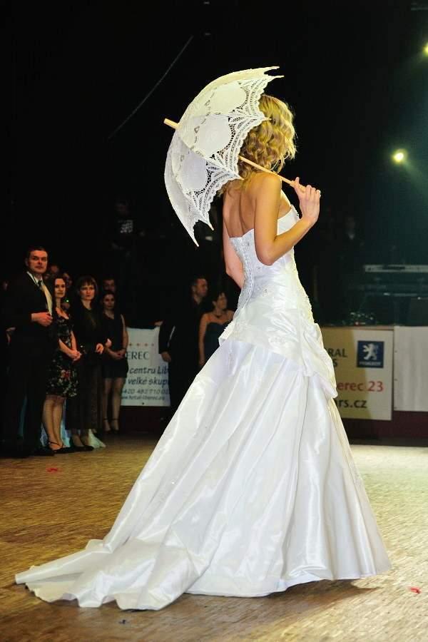 Prehlidka Mocca Ples 2013 Svatebni Saty Salon Princess Liberec